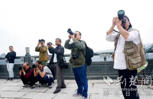 摄影名家齐聚丹江口