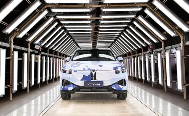 嵐圖中大型高端智能電動SUV預生產下線!下月全球首發!